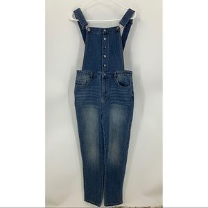 Forever 21 contemporary snap front overalls M
